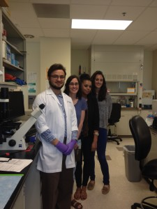 Scholar Lucas Suazo with Boettcher Investigator Rachel Zemans at her National Jewish Health research lab, 2015.